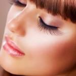 Descubre los mejores trucos para fijar el maquillaje